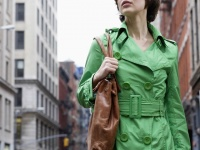 持っているバッグの大きさと荷物の量でわかる「女性の性格と相性のいい男性」