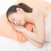 豆電球を灯した部屋で寝ると太る?睡眠不足だけじゃない肥満リスク