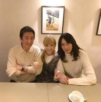 神田沙也加、村田充との結婚を発表 神田正輝との3ショットで報告