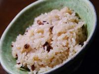 「3月11日に卒業祝い給食は非常識」とした埼玉県教諭の意見に「非常識だ」の声多数