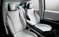 炎天下の車内温度を素早く下げる効果的な方法とは?