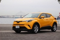 トヨタC-HRが発売約1カ月で約4万8000台を受注。人気の仕様、カラーは?
