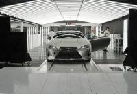 「製品から作品へ」1日に48台と少量生産が行われるレクサスLC500、LC500hのファイナルアッセンブリーラインは他のトヨタ車とどう違う?