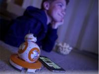 スマートトイ「BB-8 by スフィロ」に「ローグ・ワン」を一緒に見る機能
