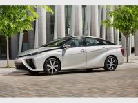 トヨタ、水素社会実現に向けた活動加速。MIRAI、今度はカナダ導入
