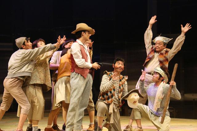井上芳雄×安蘭けい『漂流劇 ひょっこりひょうたん島』開幕レポート!