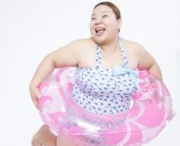 腹出てるやんけっ! 「水着姿の女子の体型にガッカリした瞬間」3選
