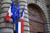 テロが起きてもゆるい警備 パリは危険な街なのか?