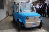 超小型電気自動車『rimOnO』は、布製ボディで着せ替え可能な全く新しい乗り物