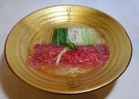 「日本の文化を知ってもらいたい」と、鯨のラーメンが開発された