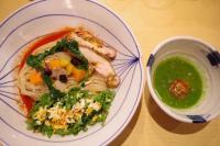 青汁の原料「ケール」をスープにしたつけ麺を食べてきた