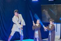 ジェダイ・マスターが子どもたちに剣技を伝授「STAR WARS SUMMER School」