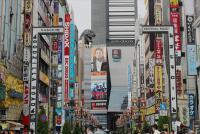 新宿・歌舞伎町の悪質スカウト注意喚起放送の謎