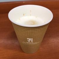【ミルク濃厚】セブンのコーヒーマシンでホットカフェラテを飲んでみた