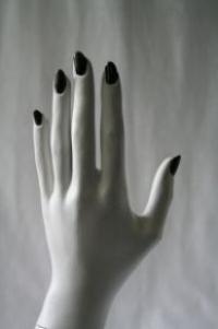 指を見れば、恋愛傾向が分かる!? 「指占い」