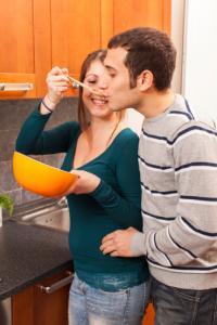 勘違いに注意! 彼女に作って欲しい料理と、彼氏に作ってあげたい料理のギャップとは!?