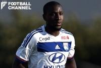 リヨンMF、25歳で現役引退を表明「この足首ではもうサッカーはできない」