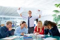 信頼とチームワークを壊す悪しき企業規則10選