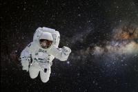 宇宙空間で人は何時間生きられるのか 元ISS船長が回答