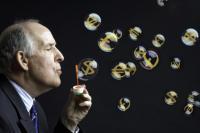 フィンテックバブル、崩壊の懸念 「顧客の9割が高リスク層」の現実