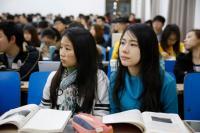 海外留学生数は世界1位 急拡大する中国人のグローバル消費