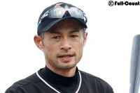 "WBCドミニカ代表投手にイチローが""洗礼""!? 今季加入ボルケスからヒット"