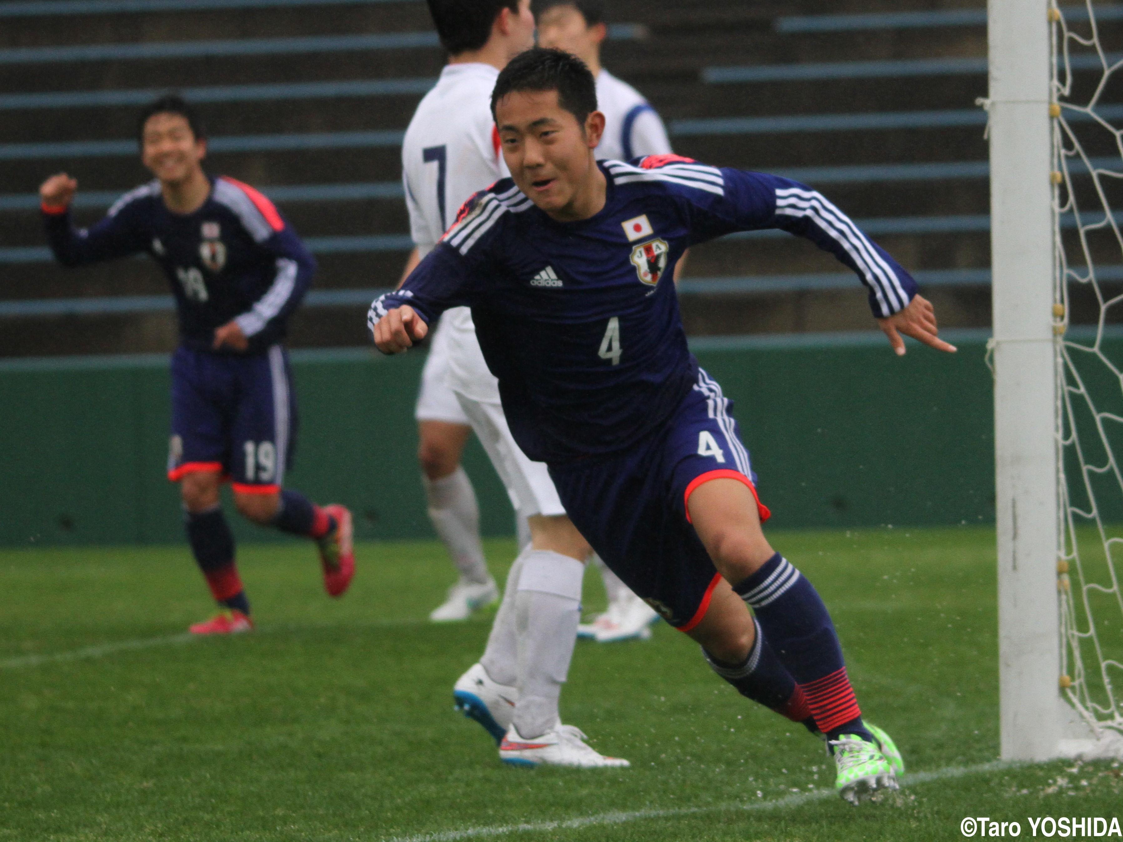 U-17日本代表は163cmの技巧派MF渡辺皓太が韓国から先制ヘッド(4枚)