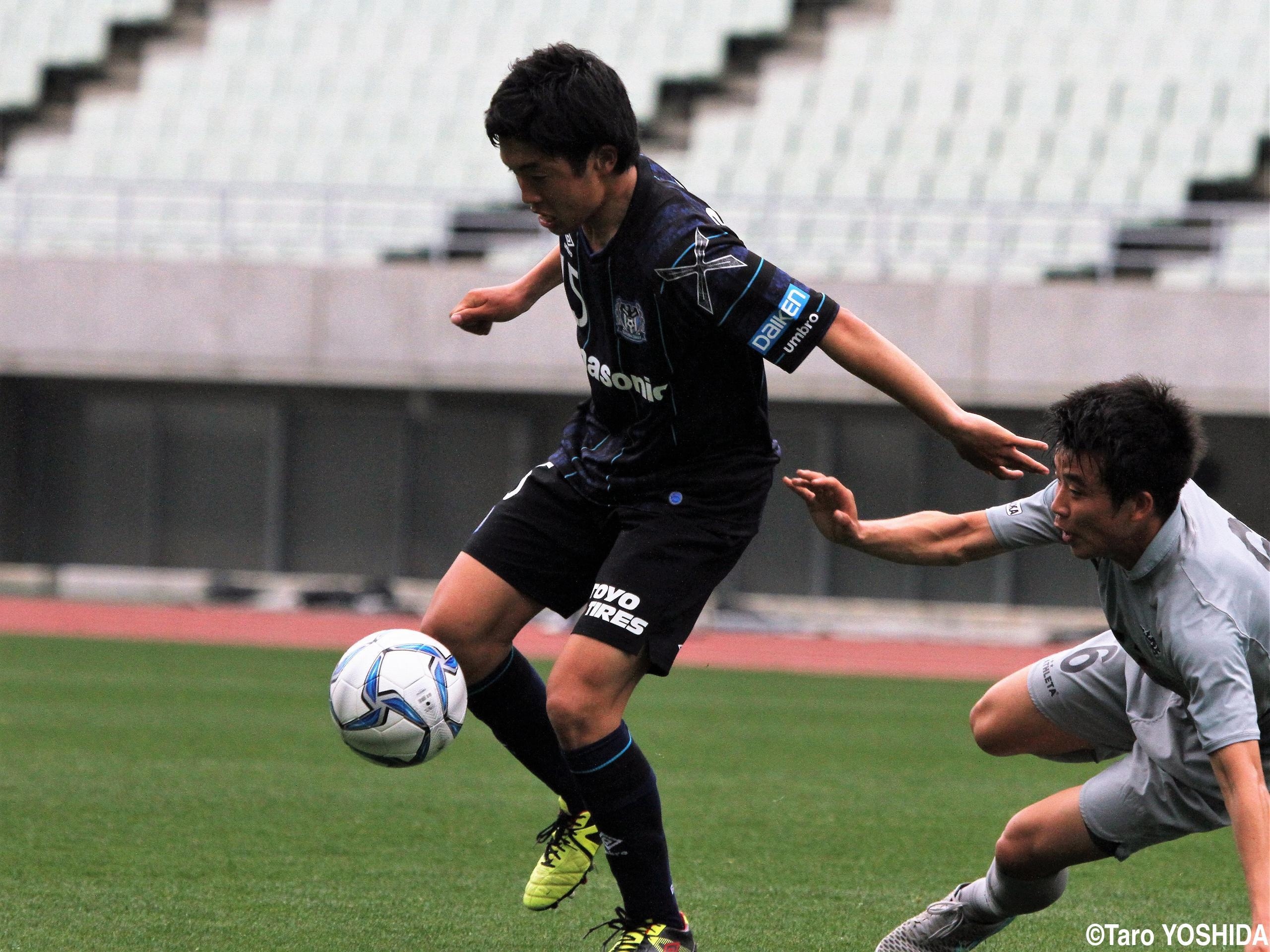 [プレミアリーグWEST]アピール続けたG大阪ユースMF奥野耕平、U-17日本代表初選出(4枚)