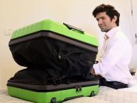 これぞ未来のスーツケース! 中身に合わせて伸縮自在のFUGU LUGGAGE