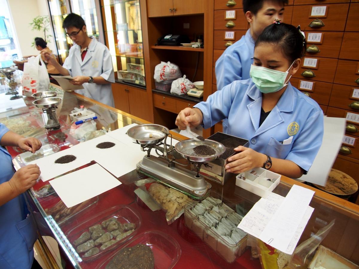【タイ】中国伝統医学での治療がタイ人にも増え始めている