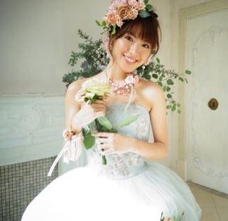 ウエディングドレス姿の瀧本美織