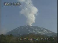 浅間山 立ち上る噴煙 火山性微動を観測 地震4日間で160回超