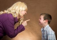 そろそろ気づいて!あなたのその「過干渉」は子どもをスポイルします
