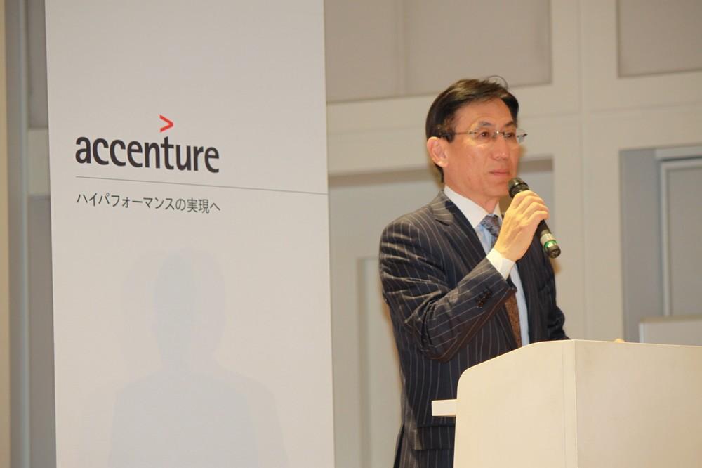 美術館で開かれた異例の「就活イベント」 アクセンチュア社長が語るデジタル時代のコンサル業界