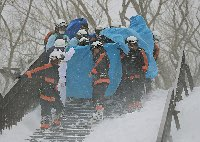 高校生ら8人死亡=スキー場で雪崩―重傷者らけが人多数・栃木