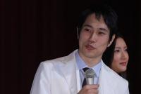 """木村拓哉「SMAPロス」を癒やす松山ケンイチの""""舎弟""""奔走"""