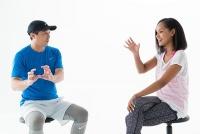 エスカレーター、脚組み…「足腰のトラブル招くNG習慣」