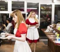 メイドは全員ロシア美女! 女子も楽しめる話題の「ItaCafe」へ行ってみた