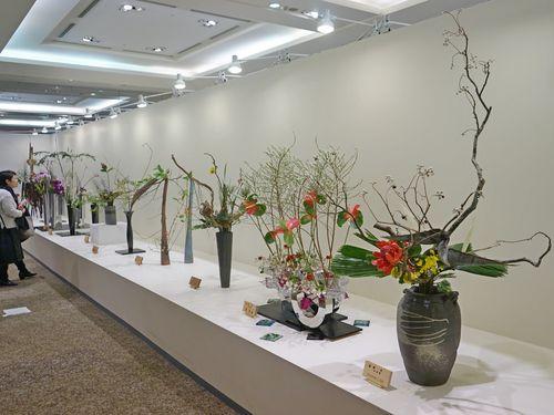 台湾で生け花の展覧会、被災地への祈りを込めた作品も