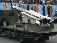 海軍、対艦ミサイル誤射  台湾海峡の中間線は越えず