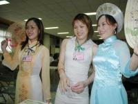 中華民国籍取得の元外国人=昨年3252人  偽装結婚防止強化で少なく/台湾