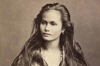 およそ100年前(明治時代)の世界の女性たちの姿を記録したポストカード