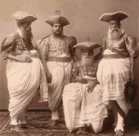 1800年代後半から1900年代初頭、古き良き時代の世界のヴィンテージポストカード