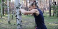 1分間に100発のパンチ!ロシアの格闘少女、9歳のエヴニカちゃんが凄い!