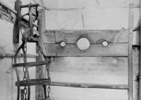 中世の人たち怖い!絞首刑に使用されていた器具「ジビット」の使用法と歴史