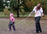 娘の為ならえんやこらハロウィン。がんばってるお父さんたちと娘のツーショットハロウィン