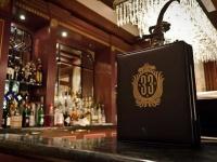 選ばれし者専用、ディズニーランド、秘密の会員制レストラン「クラブ33」に関する真実