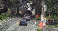 まったく改善されてなかった。ノースカロライナ州名物トラックが次々とひっかかる鉄道橋
