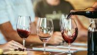 ワインの適量をひと目で判断する方法。ヒントはグラスの形状
