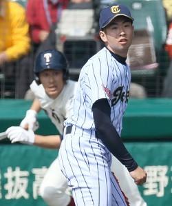 <選抜高校野球>これからも二刀流で 東海大菅生・勝俣